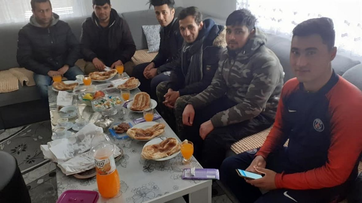 Migranti u Sajminom fomu: Gledaju je kao majku - undefined